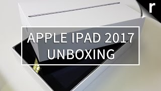 Apple iPad (2017) Unboxing: Old outside, new inside