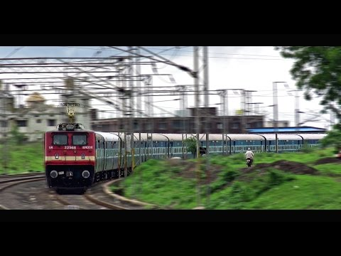 Overcast Weather, Curving Trains : An Evening at Pandhurna (INDIAN RAILWAYS)