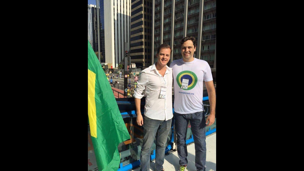 Coluna do Rei - A Realeza internacional vem ao Brasil!