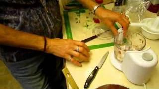 Salsa Fresh From The Garden - Wisconsin Garden Video Blog 178.avi