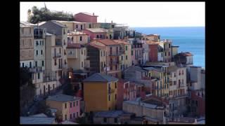 Cinque Terre Riomaggiore Manarola 5 terre Italy beautiful places really splendid