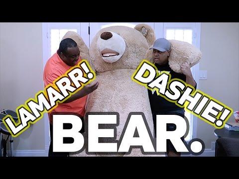 WORLDS LARGEST TEDDY BEAR! [Feat. Dashie]