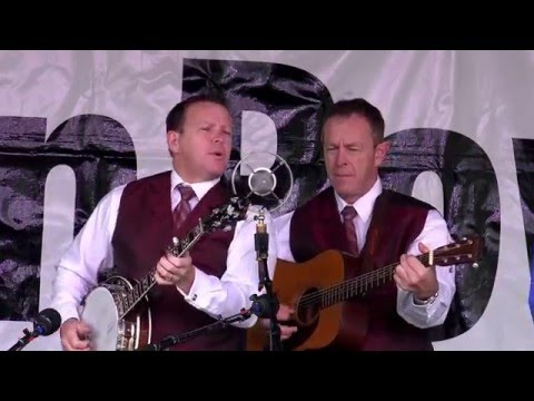 The Spinney Brothers - Digging In The Ground