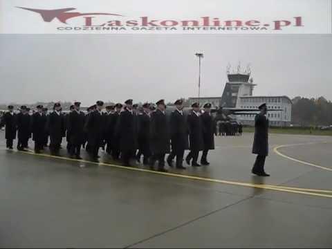 Defilada podczas inauguracja pododdziału Sił Powietrznych USA w Łasku