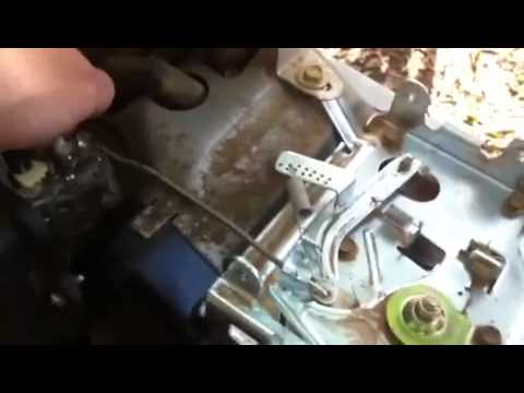 Governor Adjustment Briggs Stratton Small Engine Youtube
