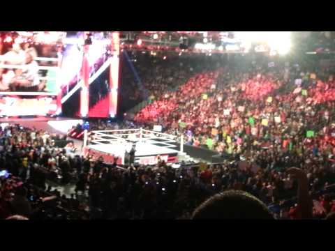 Houston's Own Kaitlyn Wins The Diva's Title