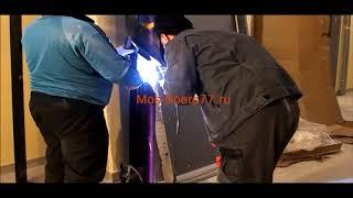 Работа наших мастеров установка двери