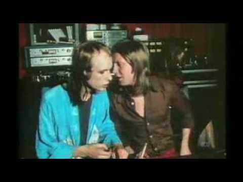 Brian Eno - The 7.30 Report