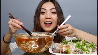 Ăn Bún Bò Huế (Vietnamese Spicy Noodle Soup) |MUKBANG|