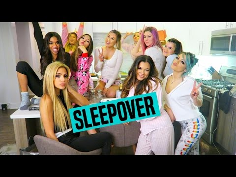 EPIC GIRLY YOUTUBE SLEEPOVER | Niki DeMar