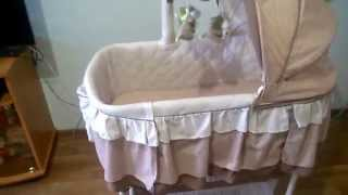 видео Детский мобиль на кроватку: как правильно выбрать и преимущества карусельки