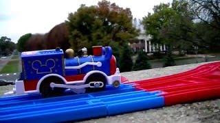 先頭車両 ミッキーマウス&フレンズ サーカスパレード貨車 見学 リンカーン(ネブラスカ州) 知事ハウス 02041 jp-c