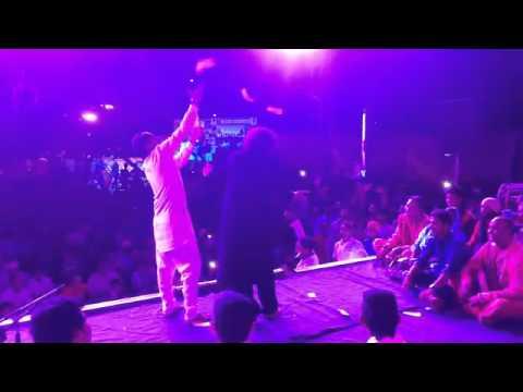 Inch Inch Dunga Tera Naa Likhyea Live At Patiala by Vicky Badshah