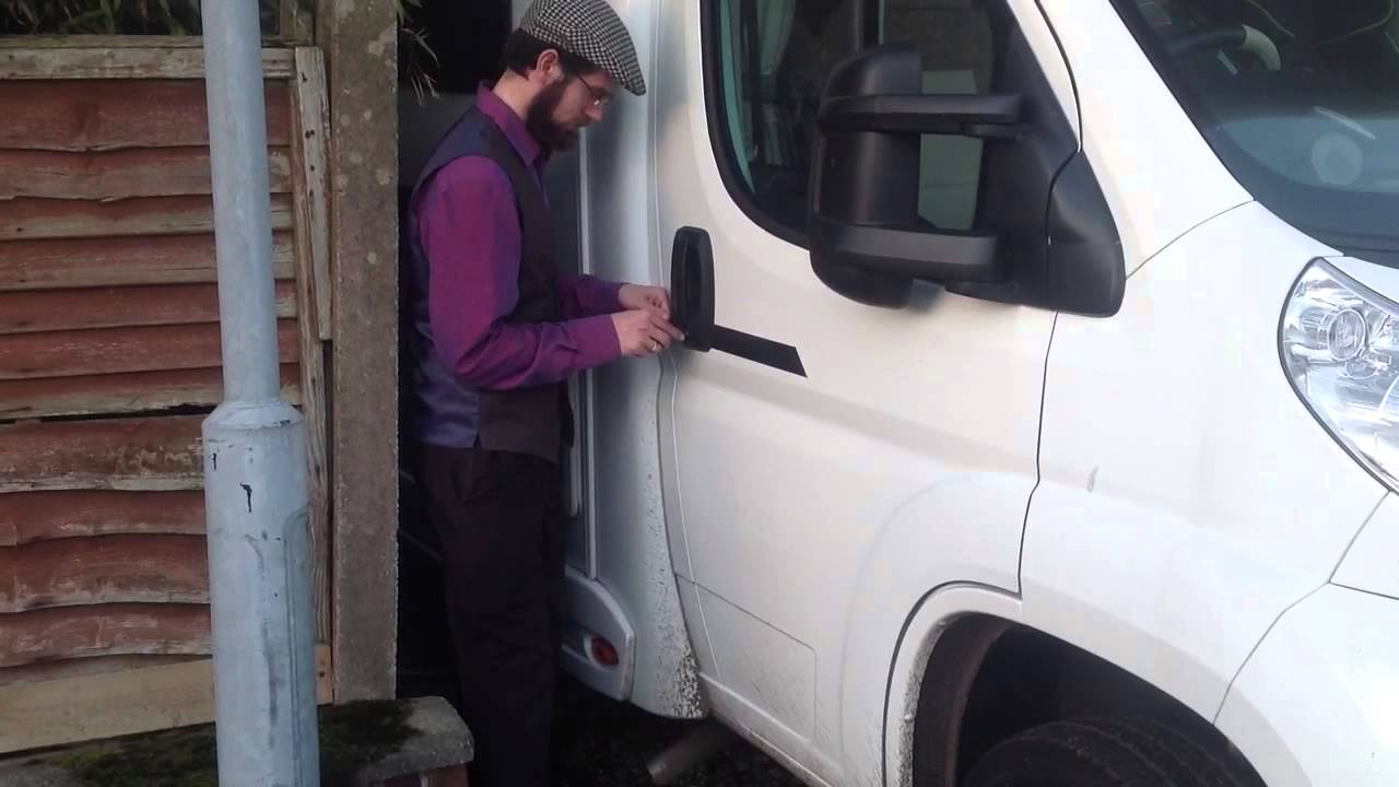 How To Get Keys Out Of Locked Car Boot