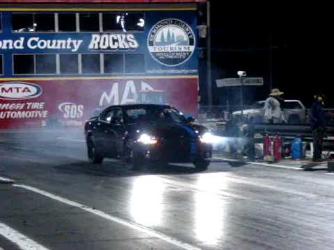 Dodge Charger MOPAR '11 R/T vs Pontiac G8 GT