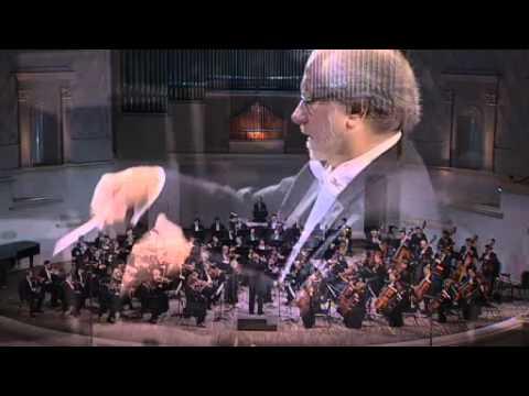 Tchaikovsky Symphony No. 5 (Complete) - Moscow/Plumeri