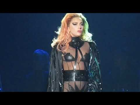 Lady Gaga - Scheiße - Fenway Park, Boston MA - September 1, 2017 mp3