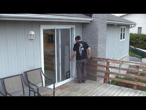 Vid o d 39 installation pour la porte moustiquaire r tract - Comment installer une porte moustiquaire ...