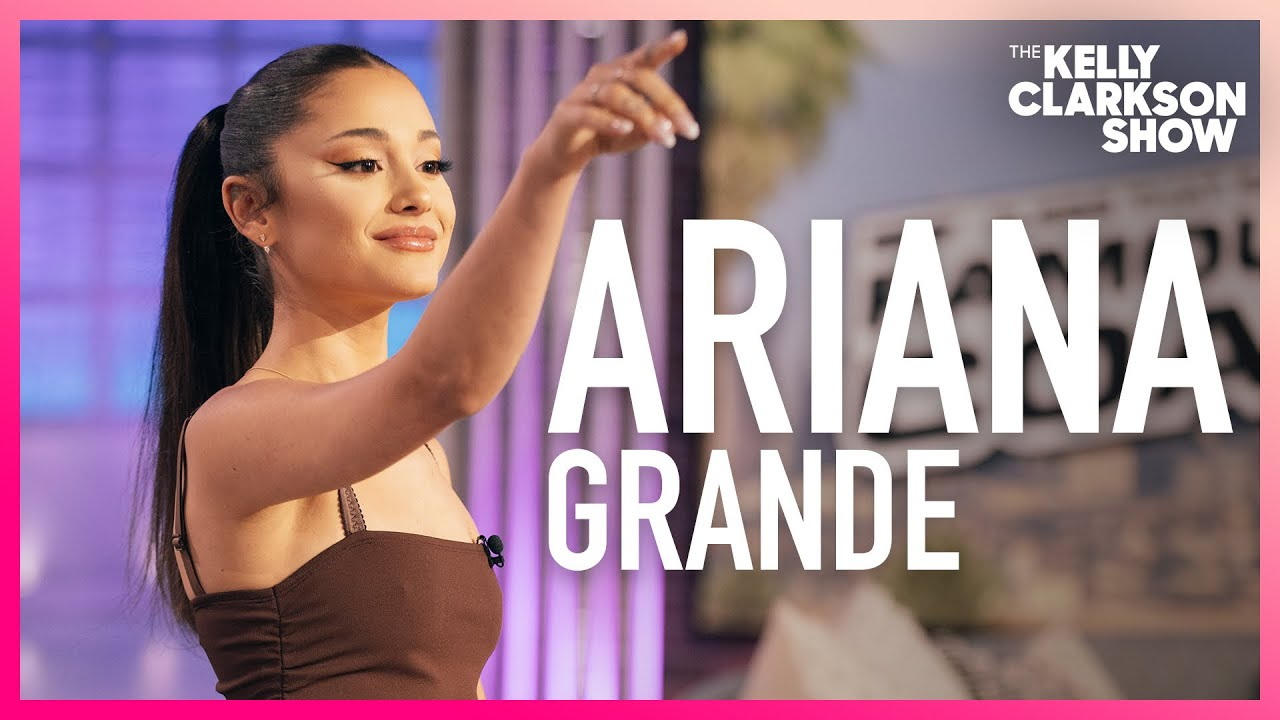 Ariana Grande Secretly DMs Her Team On 'The Voice'