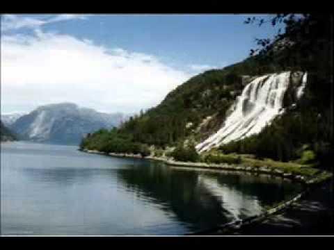 Norvegia - Furebergsfossen - Hardangerfjorden