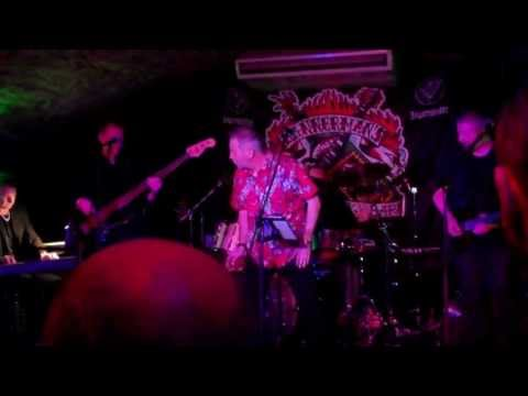 Comedy Of Errors - Going For A Song (Bannermans, Edinburgh 14.6.13)