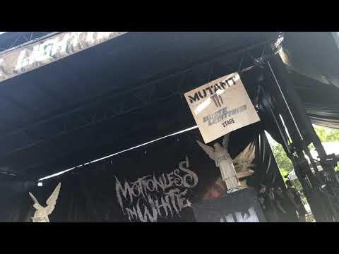Motionless in White Live Warped Tour 2018 Scranton PA