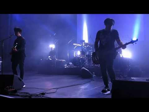 """Clan Of Xymox """"Your Kiss"""" Live at Schattenwelt Festival 2017"""