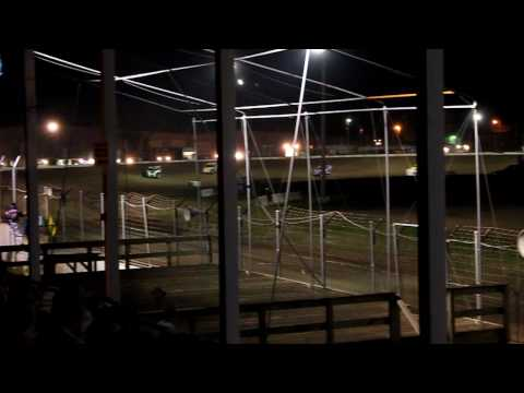 Cresco Speedway USMTS B-Main Part 1  August 5th, 2010