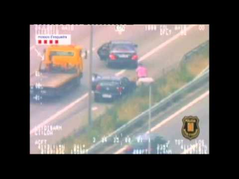 Spanish police warn about highway robbers