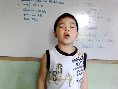 Nhóc Tấn Hoàng - 8 - Hát bài: Tôm cá cua thi tài - 2012 - %_%BMT%_%