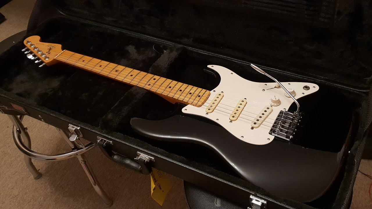 1983 Fender Dan Smith CBS American Stratocaster USA Black Vintage Fender  Strat Up Close Video Review
