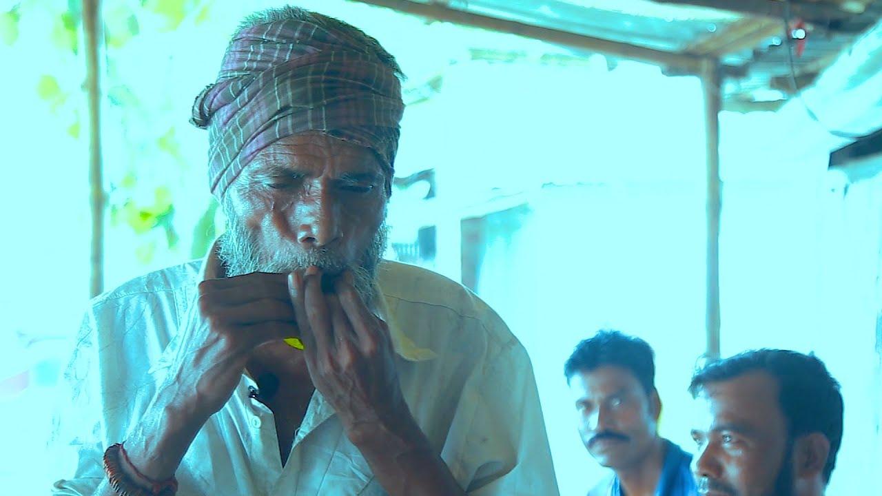 Street Flute Music BD | Talented Street Performer | পাতার বাঁশির সুমধুর সুর