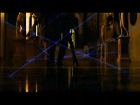 Biohazard 4 laser dance vs Ocean's Twelve's
