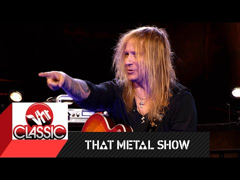 That Metal Show | Dee Snider and Chris Caffery: Stump the Trunk Extras | VH1 Classic