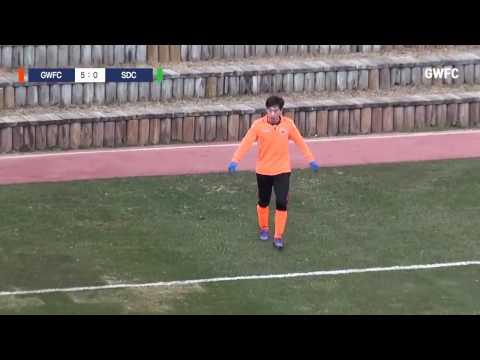Xuân Trường hỗ trợ ghi bàn giúp Gangwon FC thắng 5-0