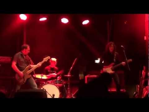 Gwyn Ashton Trio