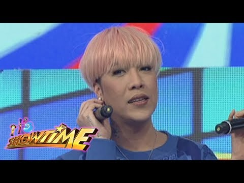 It's Showtime: Vice Ganda caught off guard
