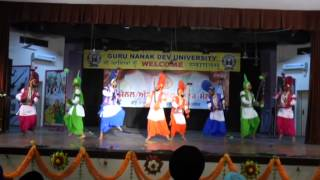 apeejay college bhangra performance interzone at gndu youth festival 2014