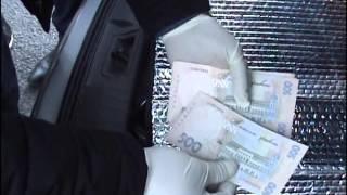 видео У Черкасах СБУ затримала на хабарі посадовця фіскальної служби