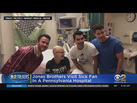 Hilary - The Jonas Brothers surprise a hospitalized fan