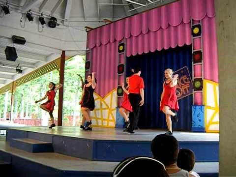 Six Flags Great Adventure Kids Karaoke Show