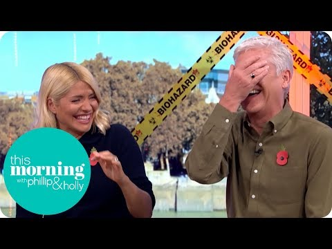 Phillip And Holly Giggle Through Entire Halloween Costume Segment | This Morning