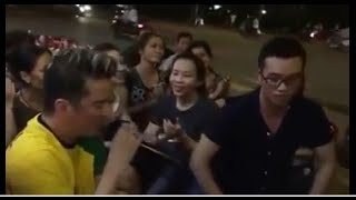 Mr Đàm hát rong cực phê - guitar trống Cajon