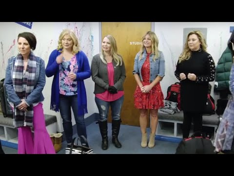 The NEW TEAM ARRIVES At The ALDC Pittsburgh | Dance Moms | Season 8 Episode 1