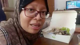 Eat Right with Annalicious Healthy Lunch Box | Meal Delivery Review