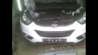 Hyundai ix35 Зняття бампера
