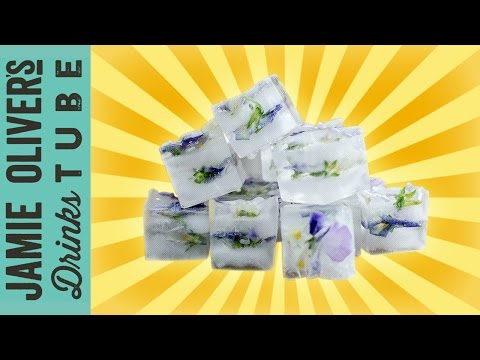 How to Make Decorative Ice Cubes | Danielle Hayley | One Minute Tips