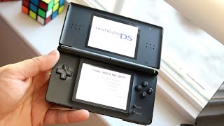 Nintendo DS Lite In 2019! (13 Years Later!) (Review)