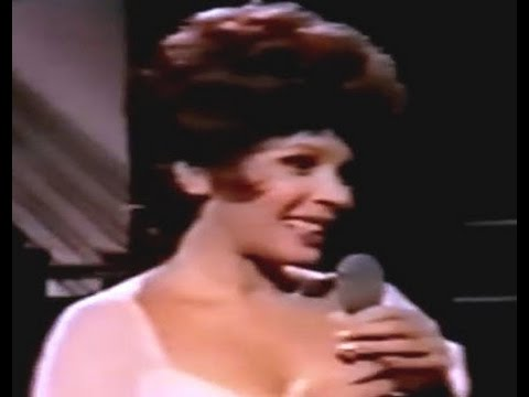 Shirley Bassey - You Are The Sunshine Of My Life  (1974 TV Special)