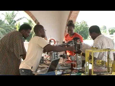 Togolese innovator creates cut-rate 3D printer from reclaimed materials